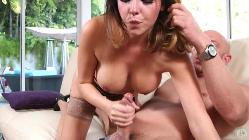 Bosomy momma Danica Dillon adores fat dick in oral manner
