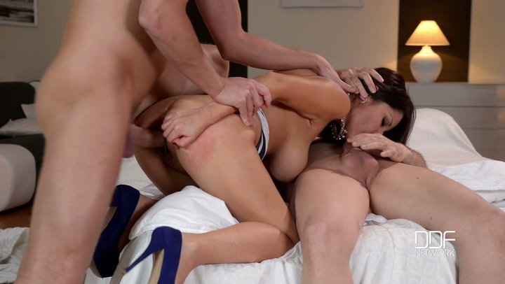 DP with very well endowed Venezuelan MILF Susana Alcala in filthy MMF trio