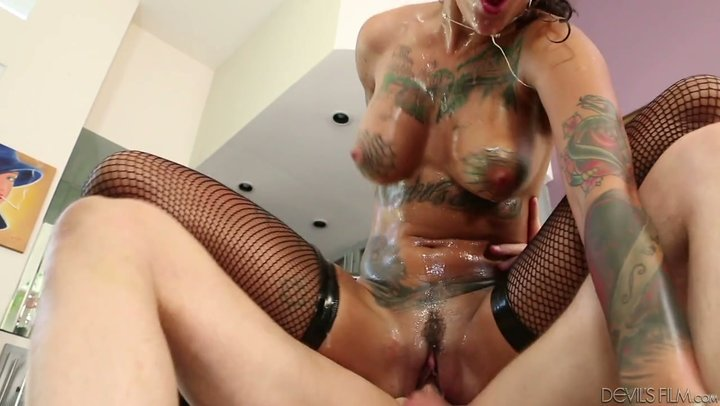 Bonnie Rotten is ain't no one except for an underhanded spurting sex machine